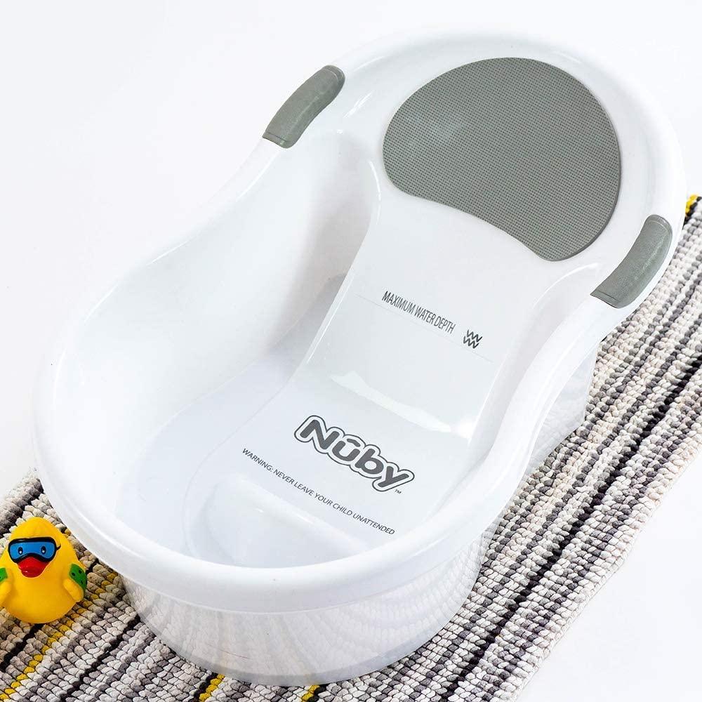 Baignoire bébé avec siège intégré de Nûby