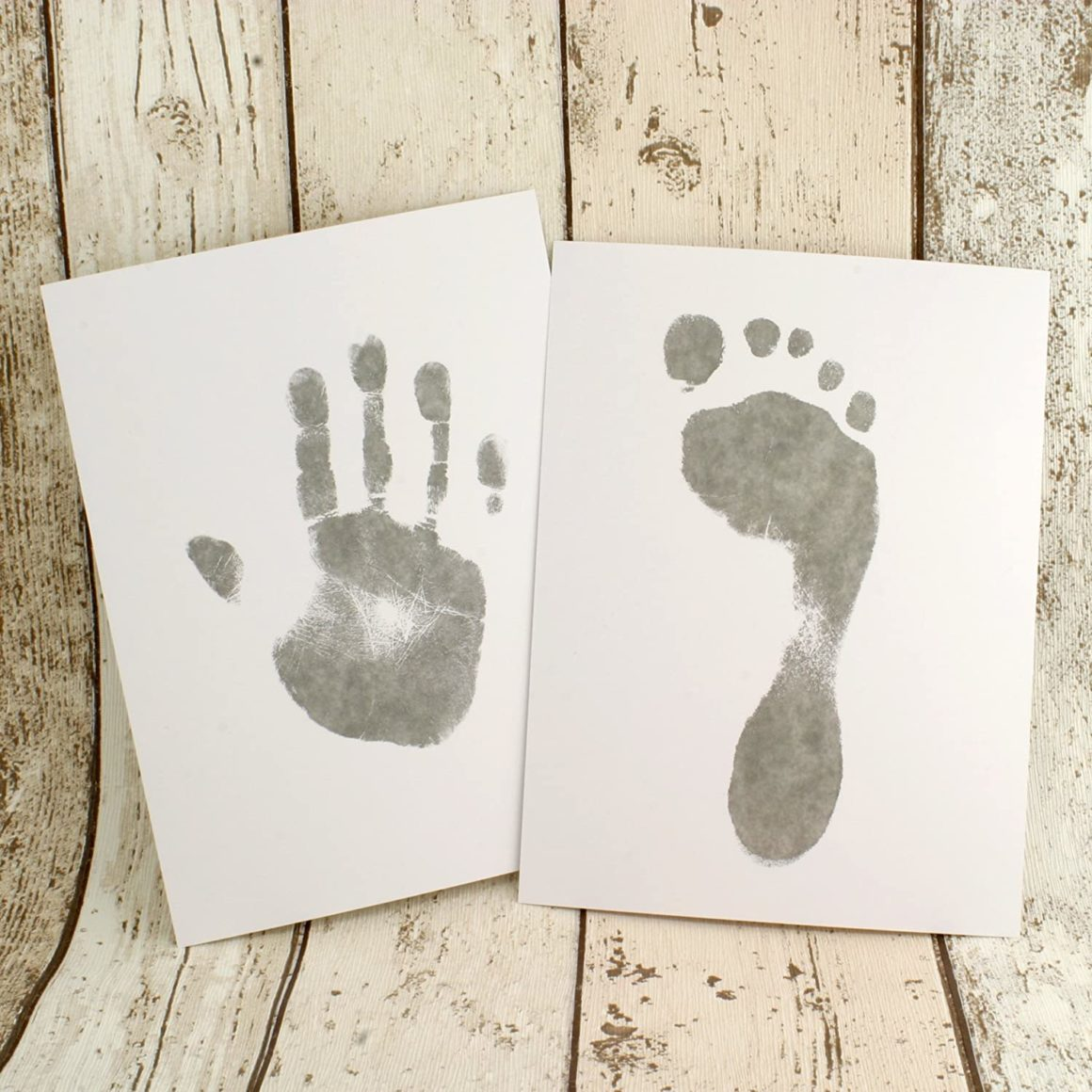 Kit dempreintes de pieds et de mains de bébé avec 8 feuilles sans encre et 2 lingettes